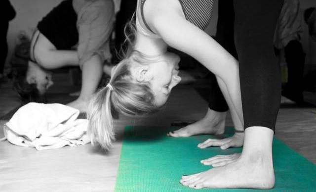 Yoga Teacher Training Course – joginką się stając